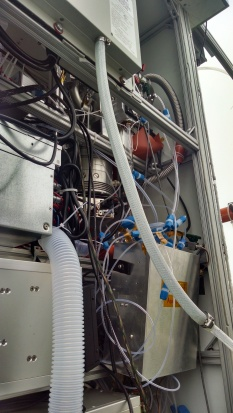 A sneak peak inside the mess of tubing and wires...